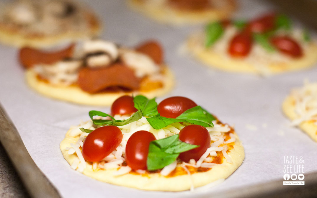 Healthy Bites for Movie Night: Semi-Homemade Pizzas